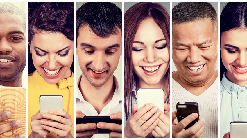 people using mobile app for mobile learning